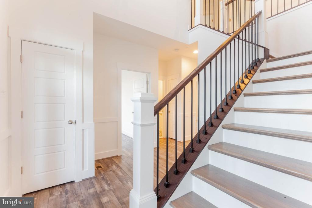 Beautiful details throughout home. - 6746 ACCIPITER (LOT 192) DR, NEW MARKET