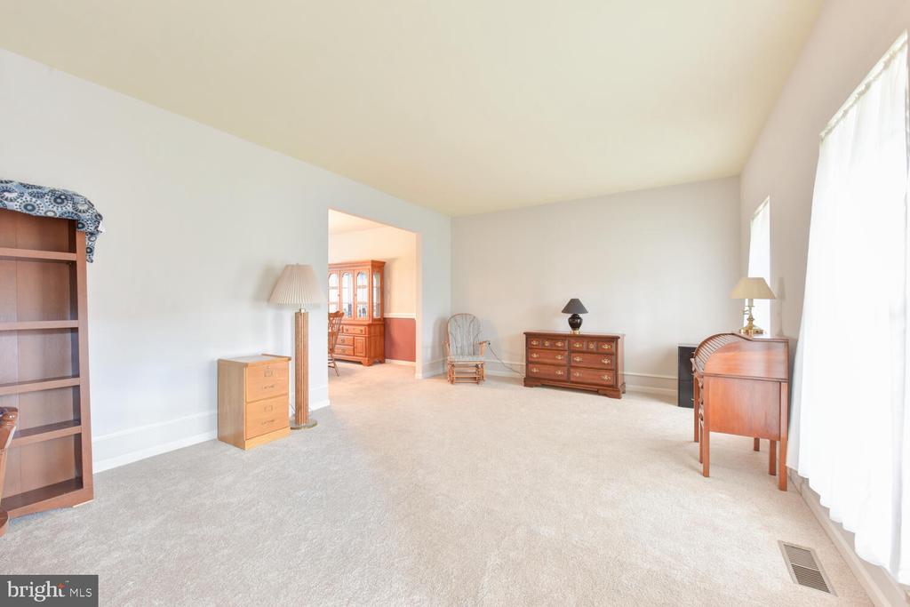 Living Room - 1334 CASSIA ST, HERNDON