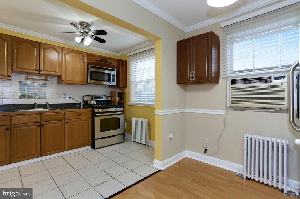 Kitchen - 5318 8TH RD S #6, ARLINGTON
