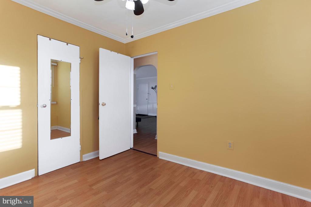 2nd bedroom - 5318 8TH RD S #6, ARLINGTON