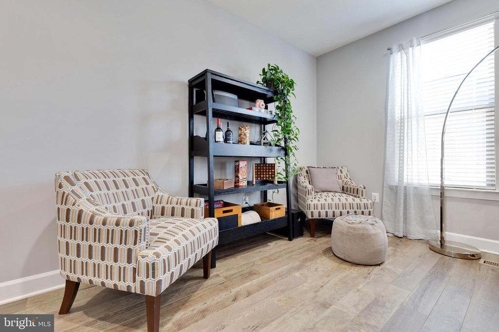 Living Room - 10517 RATCLIFFE TRL, MANASSAS