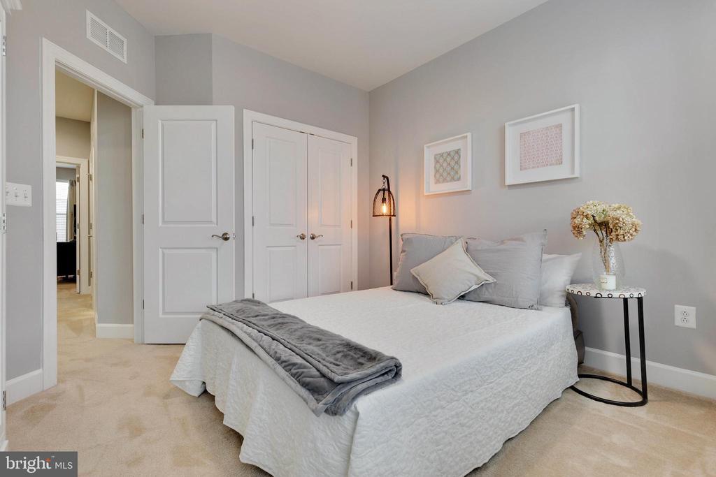 2nd Bedroom - 10517 RATCLIFFE TRL, MANASSAS