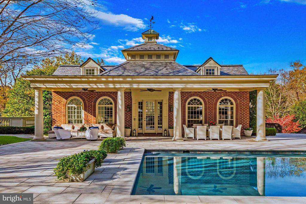 The Guest House - 6827 SORREL ST, MCLEAN