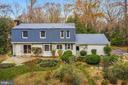 Extensive plantings - 2605 SOAPSTONE DR, RESTON
