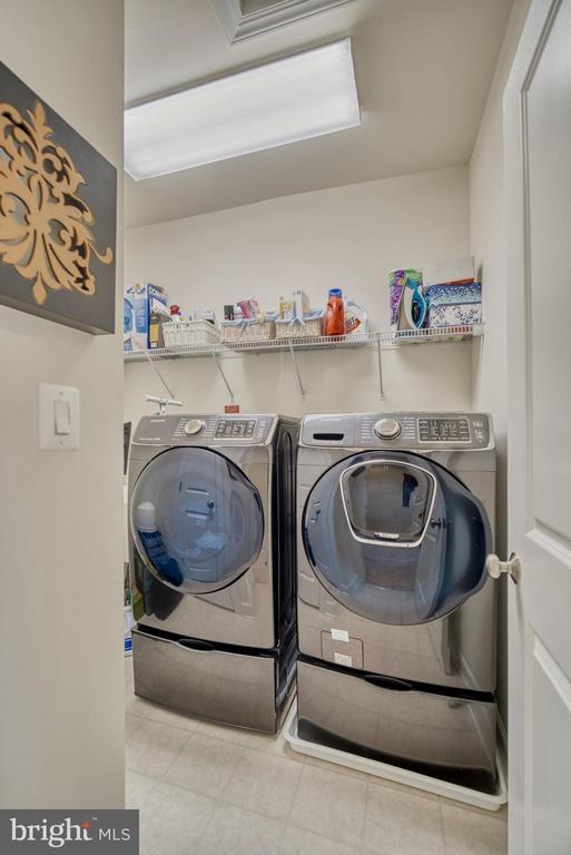 Laundry room on bedroom level w/d do not convey - 42288 PORTER RIDGE TER, BRAMBLETON