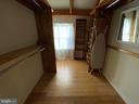 Main Level Hallway - 6406 CARTER LN, MINERAL