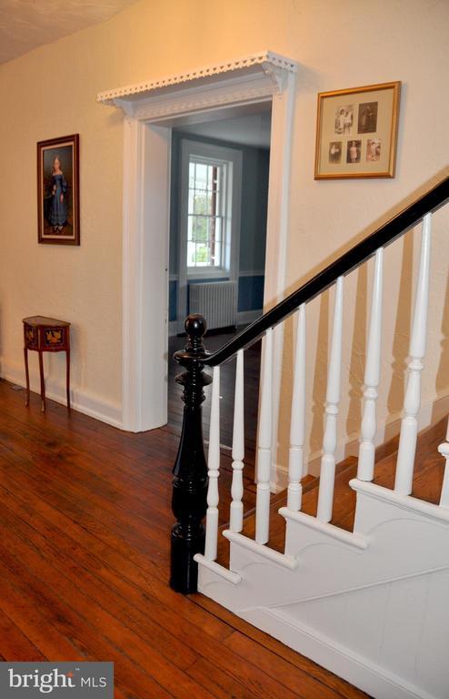 stairway - 4343 39TH ST NW, WASHINGTON