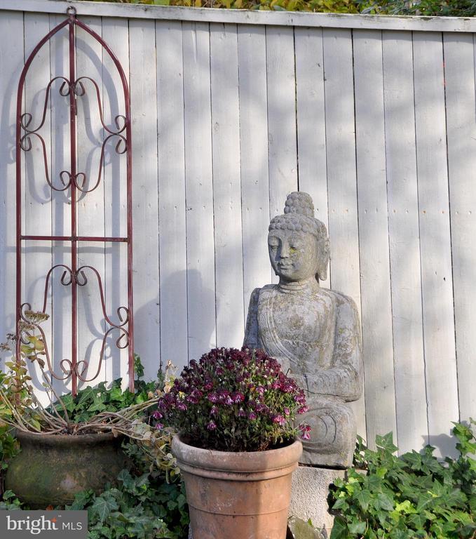 Buddha - 4343 39TH ST NW, WASHINGTON