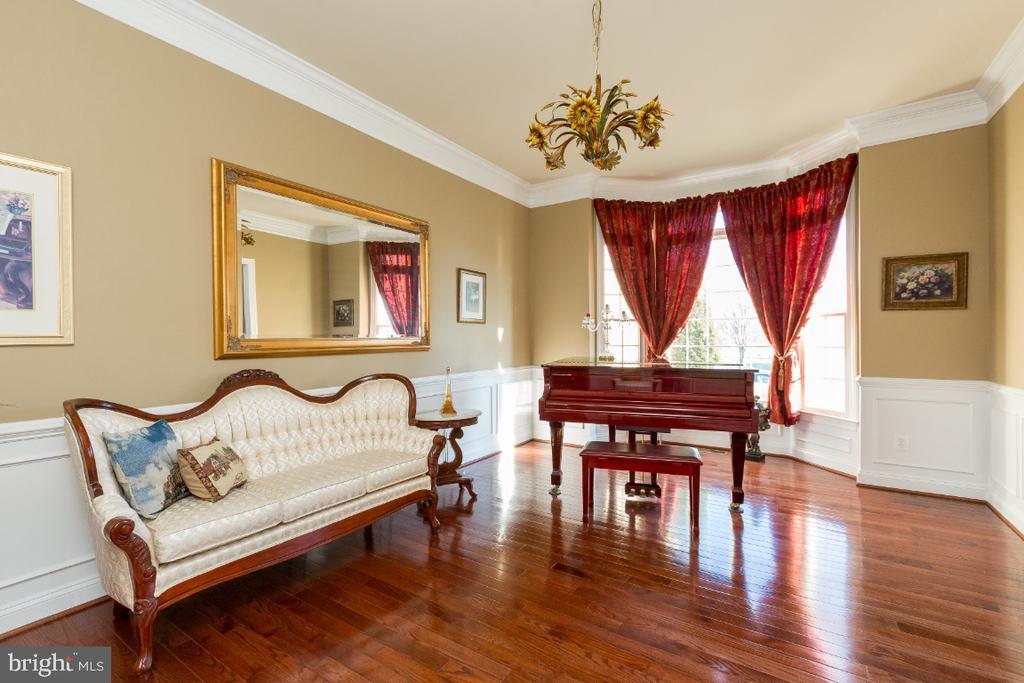 Formal Living Room - 40732 CHEVINGTON LN, LEESBURG