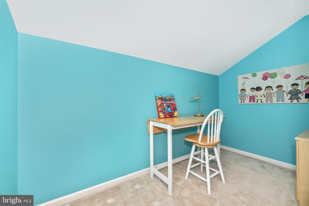 Upper Level Bonus Room - 10574 EDWARDIAN LN #131, NEW MARKET