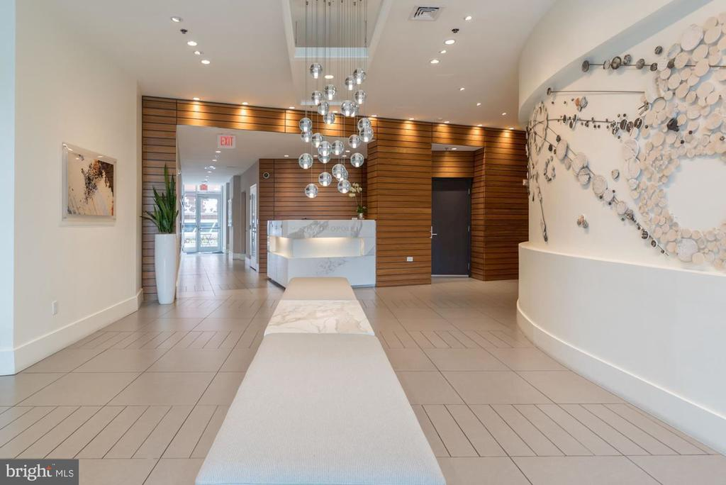 Lobby with front desk service - 1515 15TH ST NW #708, WASHINGTON