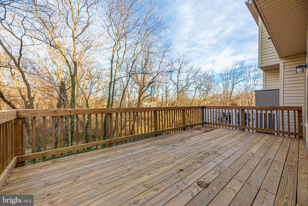 Deck - 2179 SWAINS LOCK CT, POINT OF ROCKS