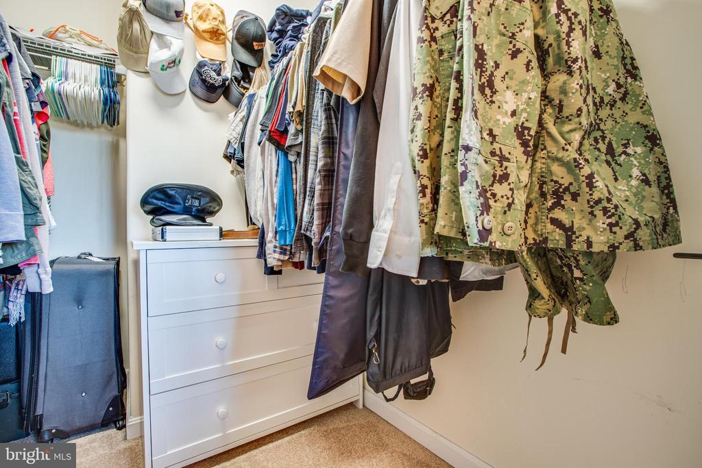 Walk in closet inm Primary - 628 LATANE DR, COLONIAL BEACH