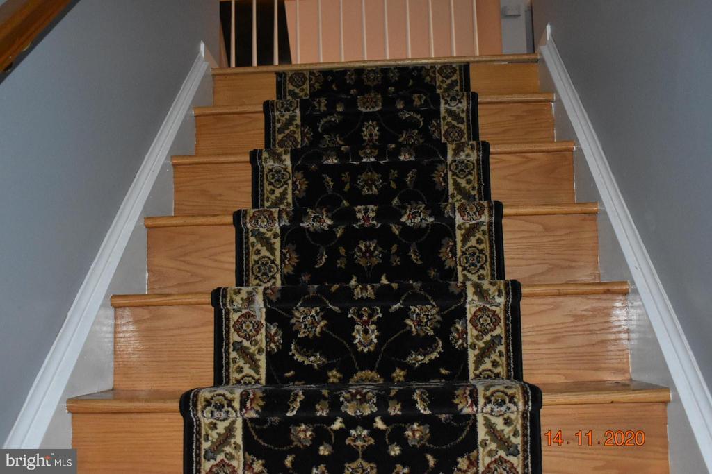 Steps to second floor - 8006 CAMPFIRE LN, FREDERICKSBURG