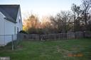 Fully fenced back yard - 8006 CAMPFIRE LN, FREDERICKSBURG