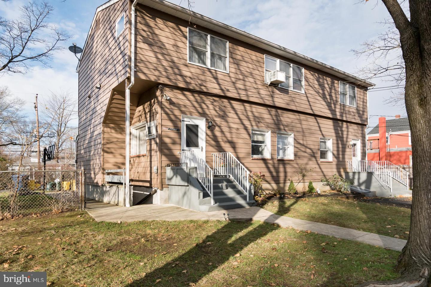 Triplex for Sale at Lawrenceville, New Jersey 08648 United States
