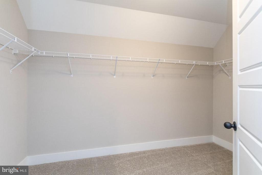 Walk-in closet. - 6789 ACCIPITER DR, NEW MARKET