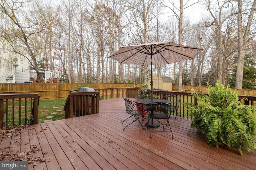 Rear Deck - 14859 BUTTONWOOD CT, WOODBRIDGE