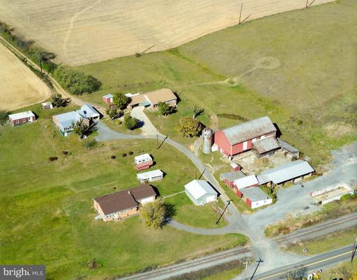 1543 BERKELEY STATION RD