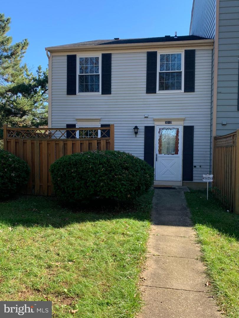 Single Family Homes 为 销售 在 Burtonsville, 马里兰州 20866 美国