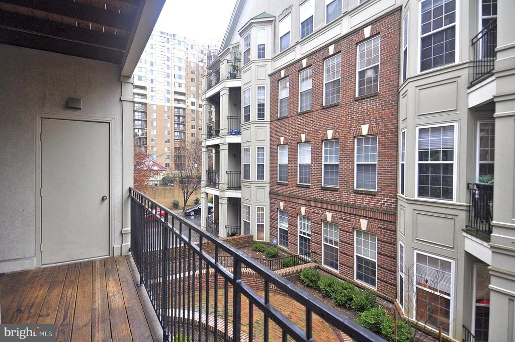 No street noise on this side! - 2310 14TH ST N #205, ARLINGTON