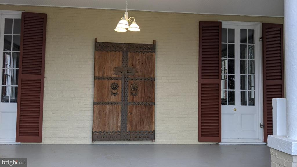 antique Chinese door mounted on wall - 4343 39TH ST NW, WASHINGTON