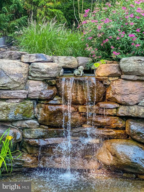 Waterfall Feature Spilling into the Pond - 6622 MALTA LN, MCLEAN