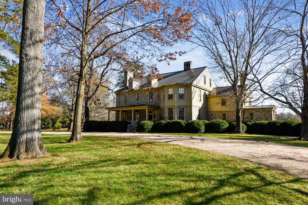 main house - 22956 CARTERS FARM LN, MIDDLEBURG