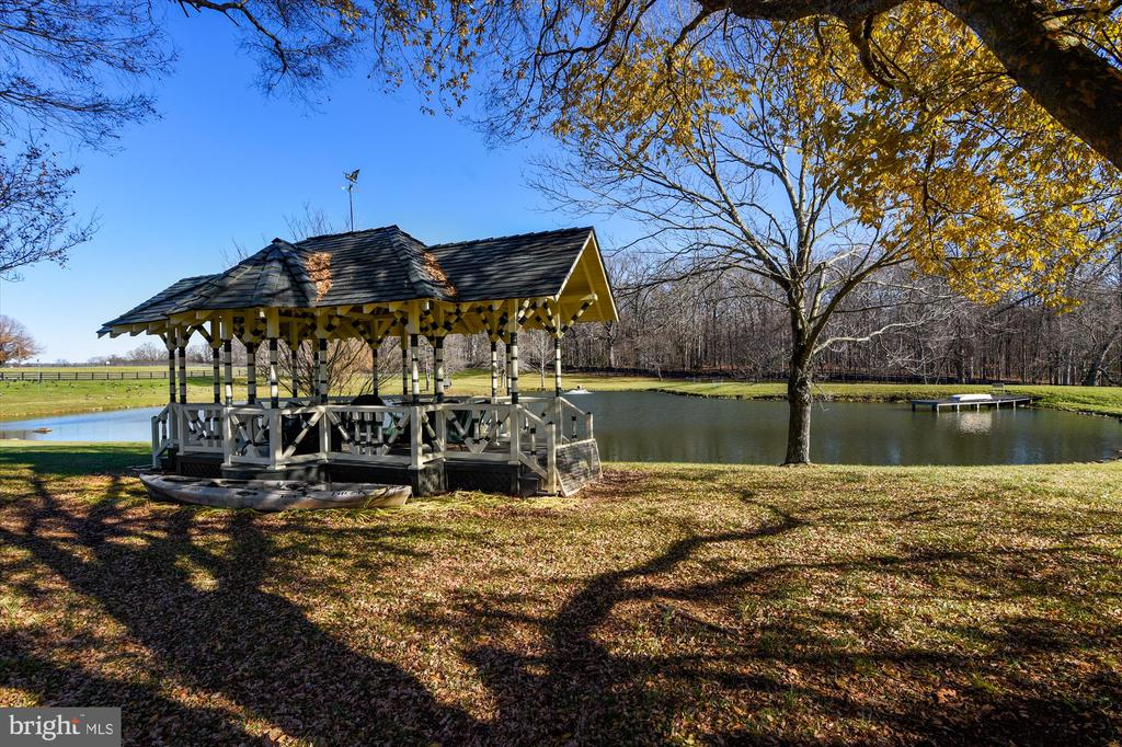 pond with gazebo - 22956 CARTERS FARM LN, MIDDLEBURG