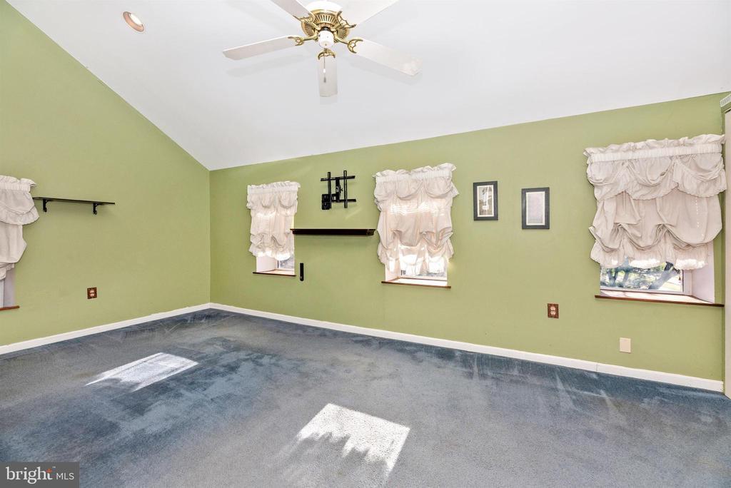 Primary Bedroom Upper Level - 14702 OAK ORCHARD RD, NEW WINDSOR