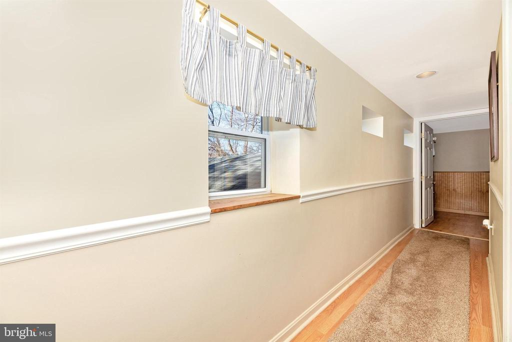 Upper Level Hallway - 14702 OAK ORCHARD RD, NEW WINDSOR