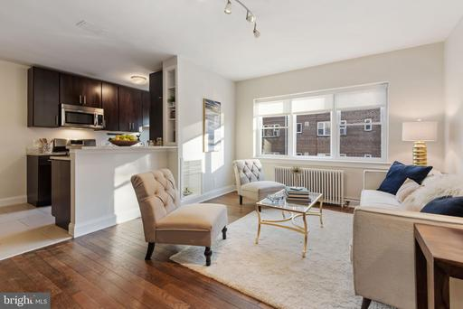 2339 40TH PL NW #204