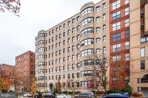 2515 K ST NW #403