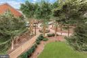 Summer View of Courtyard - 1276 N WAYNE ST #320, ARLINGTON