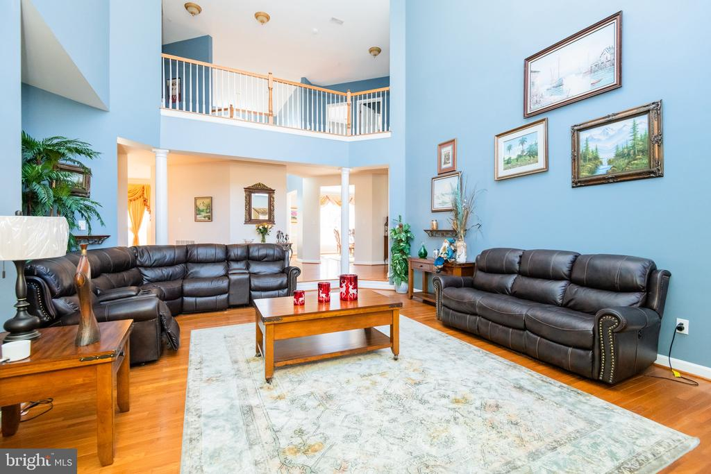 Family room with overlook catwalk - 14215 PUNCH ST, SILVER SPRING