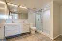 Master Spa Bath - 1021 N GARFIELD ST #828, ARLINGTON