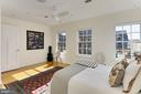 Owner's bedroom - 1700 CLARENDON BLVD #158, ARLINGTON