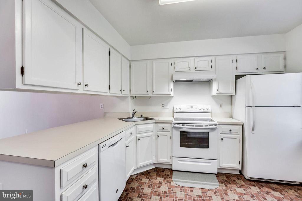Kitchen - 1185 N VERNON ST, ARLINGTON