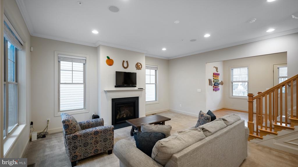 Family room - 13805 TRIBUTE PKWY, CLARKSBURG