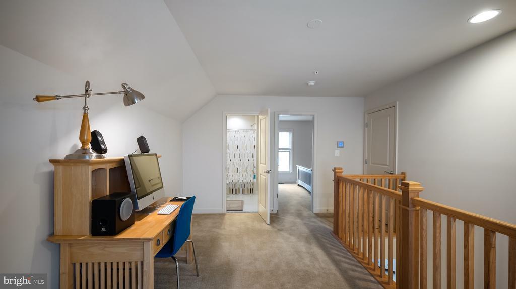Top level loft - 13805 TRIBUTE PKWY, CLARKSBURG