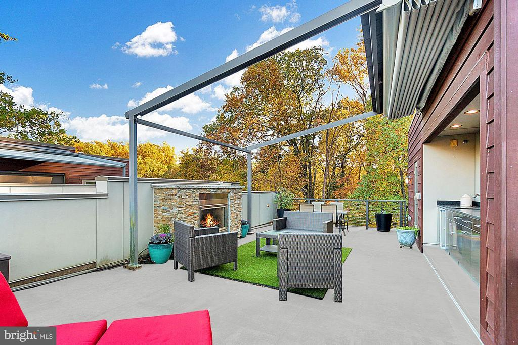 Roofdeck with Retracted Awning - 5204 WILLET BRIDGE CT, BETHESDA