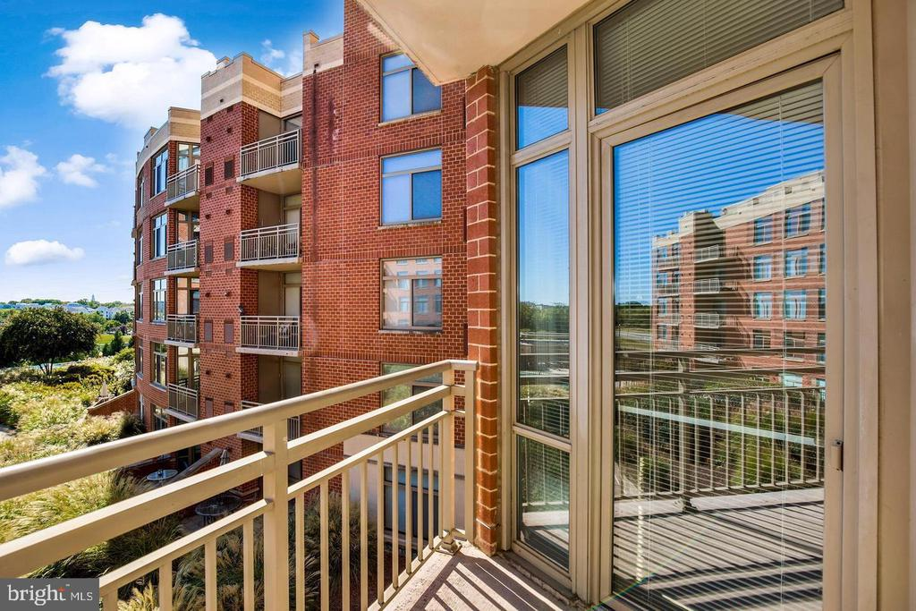 View from Balcony - 3650 S GLEBE RD #464, ARLINGTON