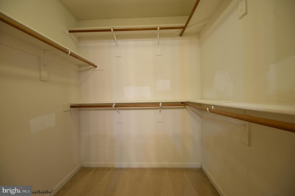 Master Bedroom Walk in Closet - 1118 SUGAR MAPLE LN, HERNDON