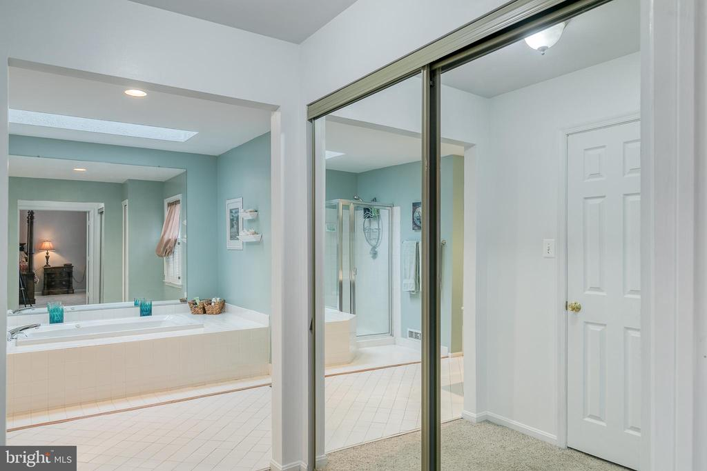 Luxurious Primary bathroom - 49 CHRISTOPHER WAY, STAFFORD