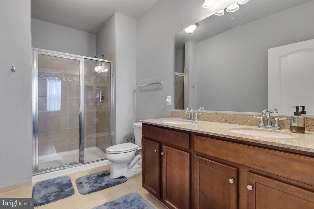 Primary Bathroom with Upgraded Counters - 43144 SUNDERLAND TER #300, ASHBURN