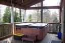 Deck with hot tub - 13105 SUNCREST AVE, CLARKSBURG