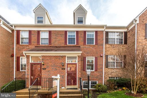 2127 DOMINION HEIGHTS CT