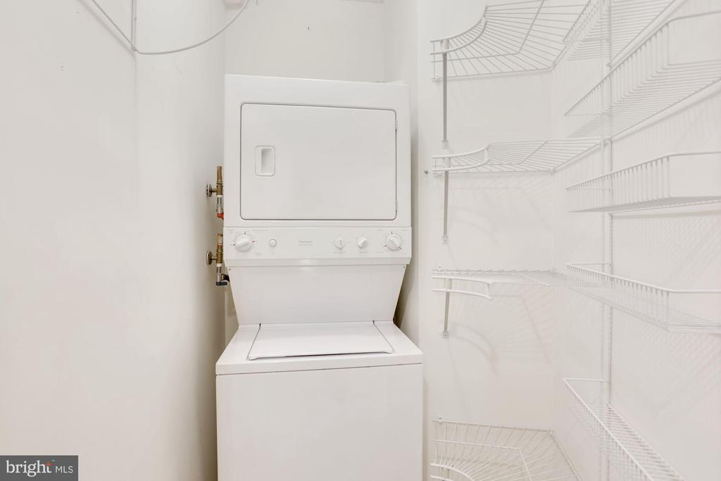 Washer and Dryer in unit - 19365 CYPRESS RIDGE TER #703, LEESBURG