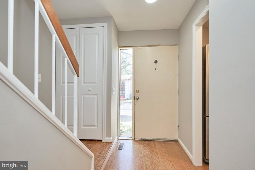 Gorgeous sanded and stained in place hardwood - 11817 COOPERS CT, RESTON