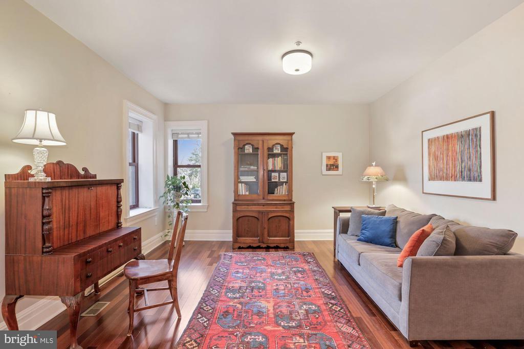 Third Bedroom/Office Upper Level - 9610 DEWITT DR #PH101, SILVER SPRING